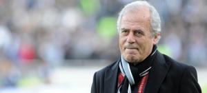 Mustafa Denizli, oltre ad aver scritto un pezzo di storia dell'Altay, è diventato un allenatore di successo, vincendo la Super Lig con le 3 grandi di Istanbul.