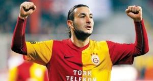 Necati Ates lascerà l'Altay, diventando una star del calcio turco. Ex-Galatasaray, ora è al Kayseri Erciyesspor.