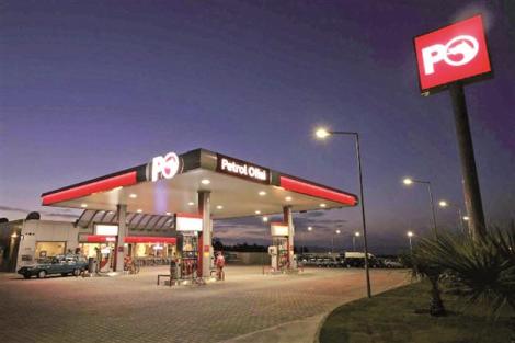 Un distributore di benzina Petrol Ofisi, compagnia nazionale petrolifera della Turchia.