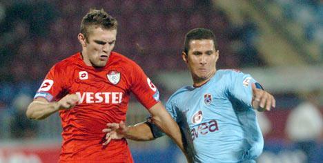 Michal Meduna contro il Trabzonspor.