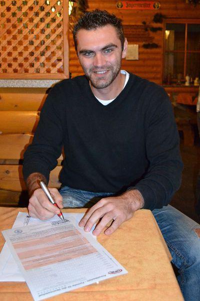 Michal Meduna, salvato dai medici di Manisa, ora è tornato a giocare a calcio.